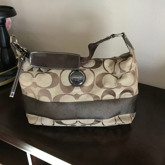 Coach Handbags - Pre-Loved Coach Handbag